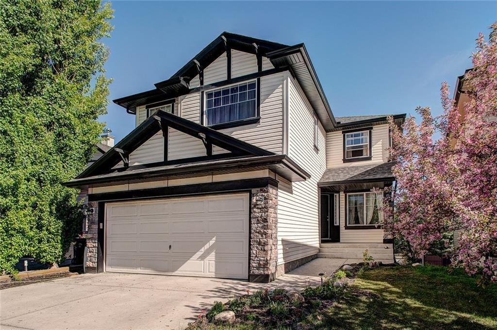 For Sale: 45 Valley Crest Close Northwest, Calgary, AB   4 Bed, 4 Bath House for $539,900. See 44 photos!