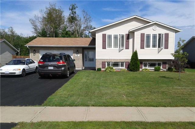 For Sale: 45 Winfield Street, Petawawa, ON | 3 Bed, 2 Bath House for $319,900. See 20 photos!