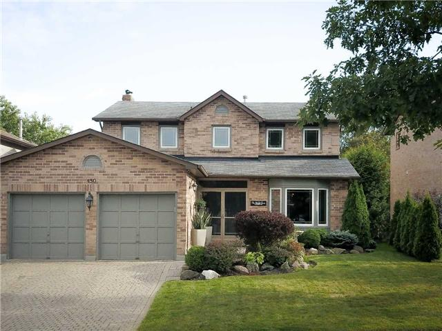 For Sale: 450 Bristol Road, Newmarket, ON   4 Bed, 4 Bath House for $849,900. See 20 photos!