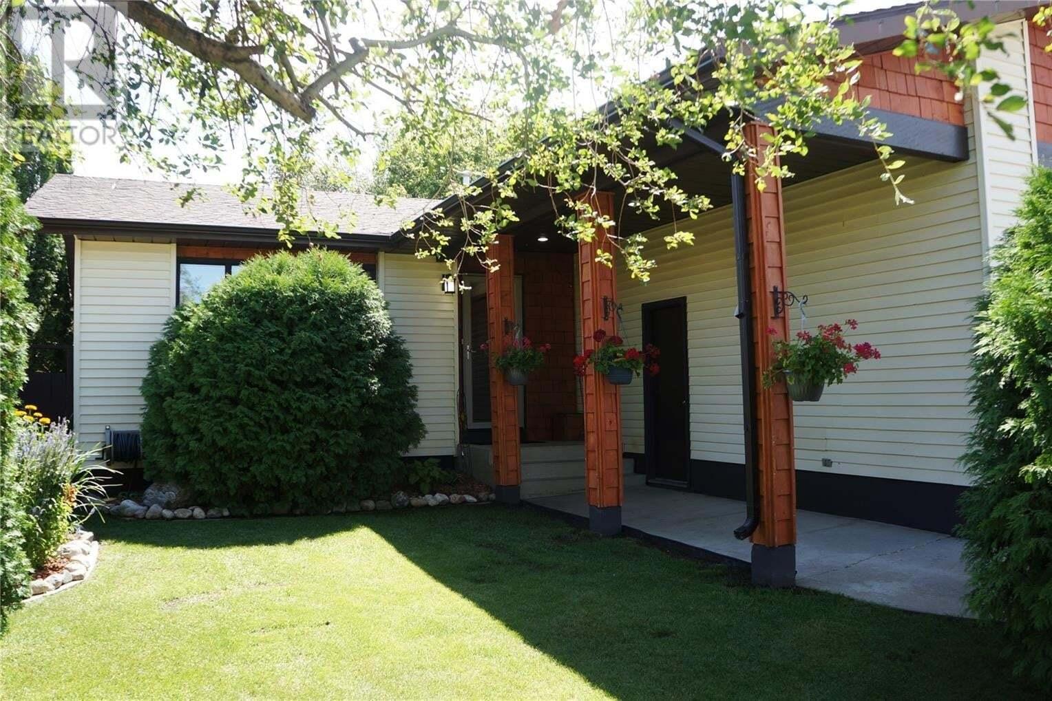 House for sale at 450 Nemeiben Rd Saskatoon Saskatchewan - MLS: SK820811