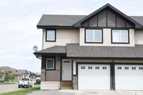 Townhouse for sale at 4502 Green Poplar Ln E Regina Saskatchewan - MLS: SK810200