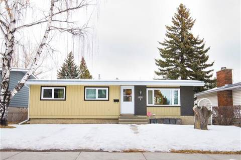 House for sale at 4504 Varsity Dr Northwest Calgary Alberta - MLS: C4283288