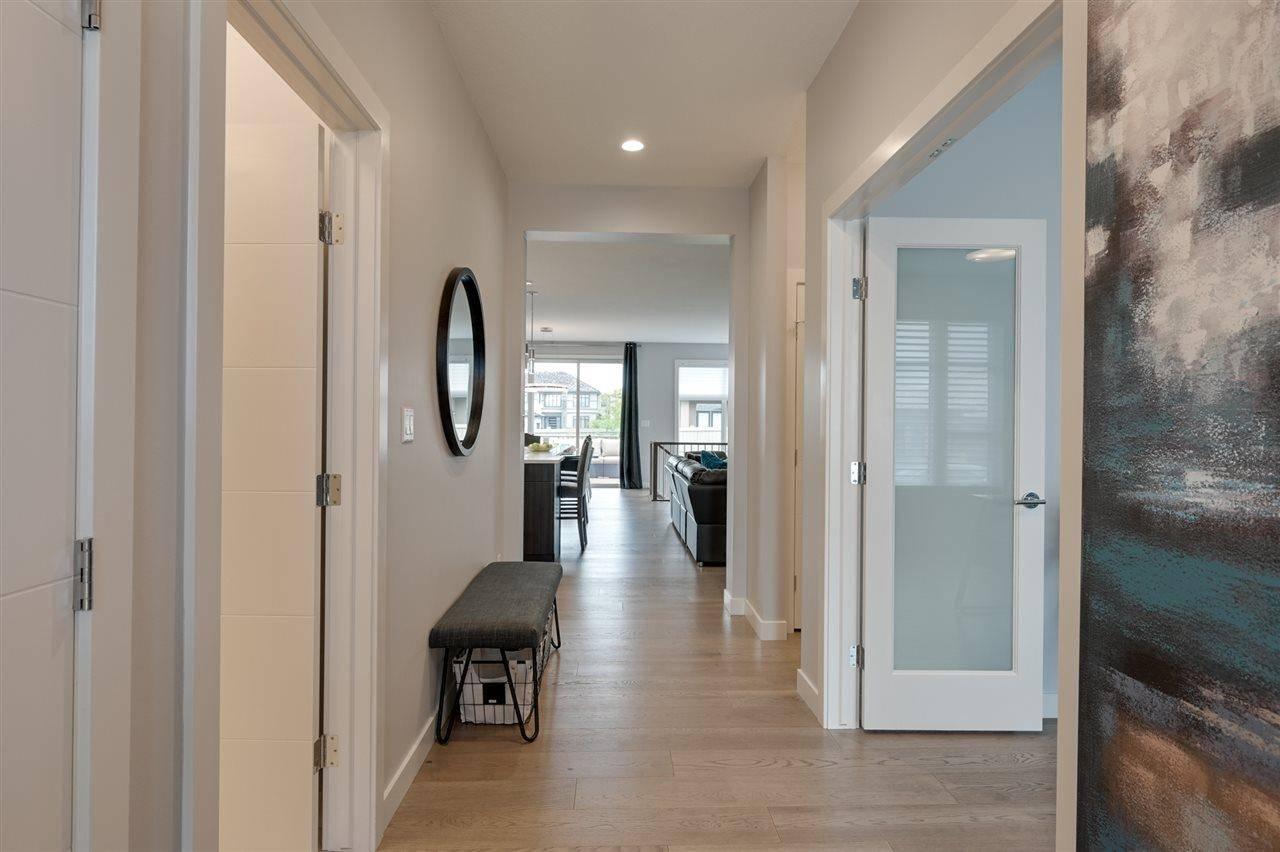 4506 Westcliff Terrace Sw, Edmonton | Image 2