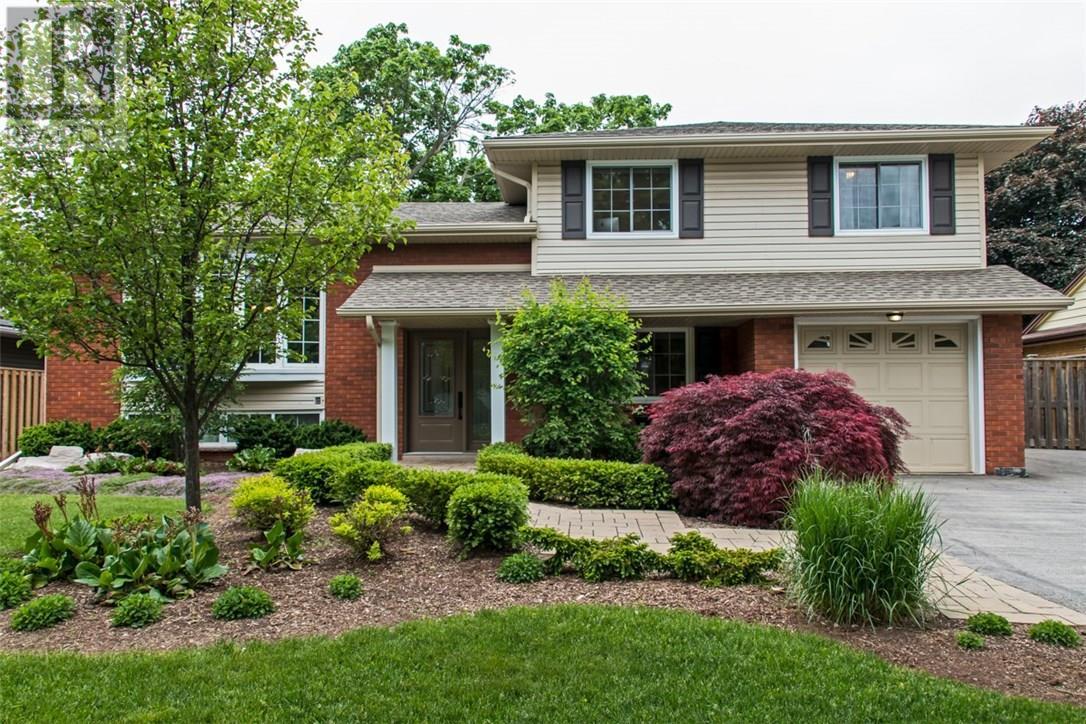 Sold: 4507 Cosburn Crescent, Burlington, ON