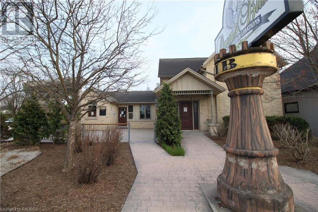 Home for sale at 451 10th St Hanover Ontario - MLS: 276939