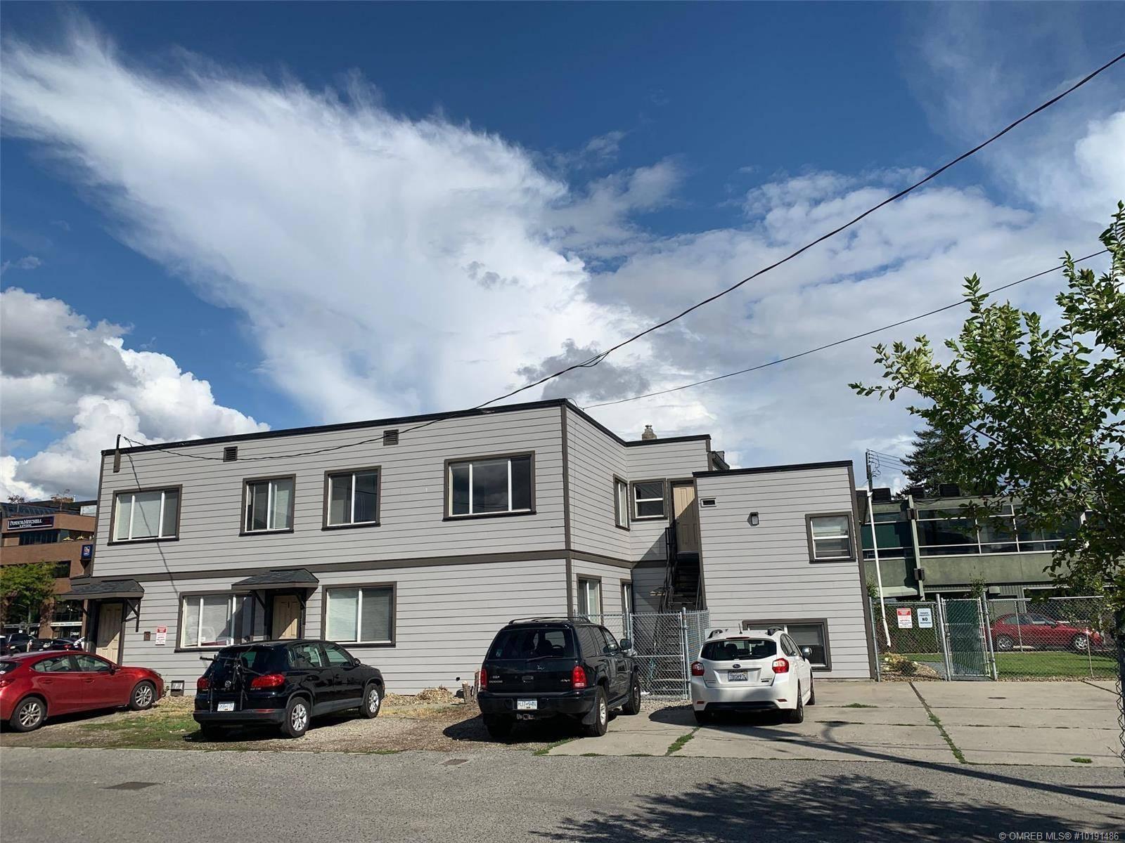Home for sale at 451 Harvey Ave Kelowna British Columbia - MLS: 10191486