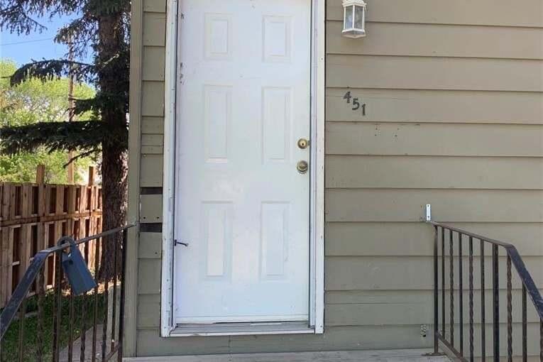 House for sale at 451 Mcintosh St Regina Saskatchewan - MLS: SK809474