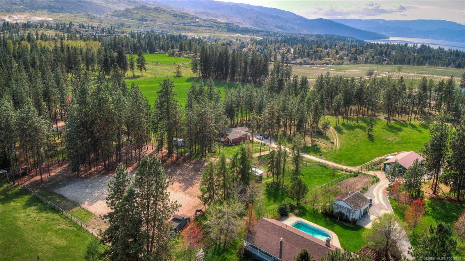 House for sale at 4510 Stewart Rd East Kelowna British Columbia - MLS: 10186551