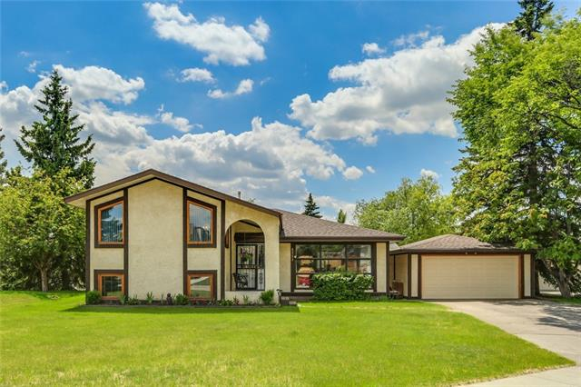 Sold: 4511 Grove Hill Road Southwest, Calgary, AB