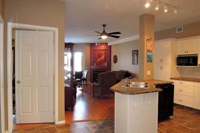 Condo for sale at 4512 52 Ave Red Deer Alberta - MLS: CA0186294