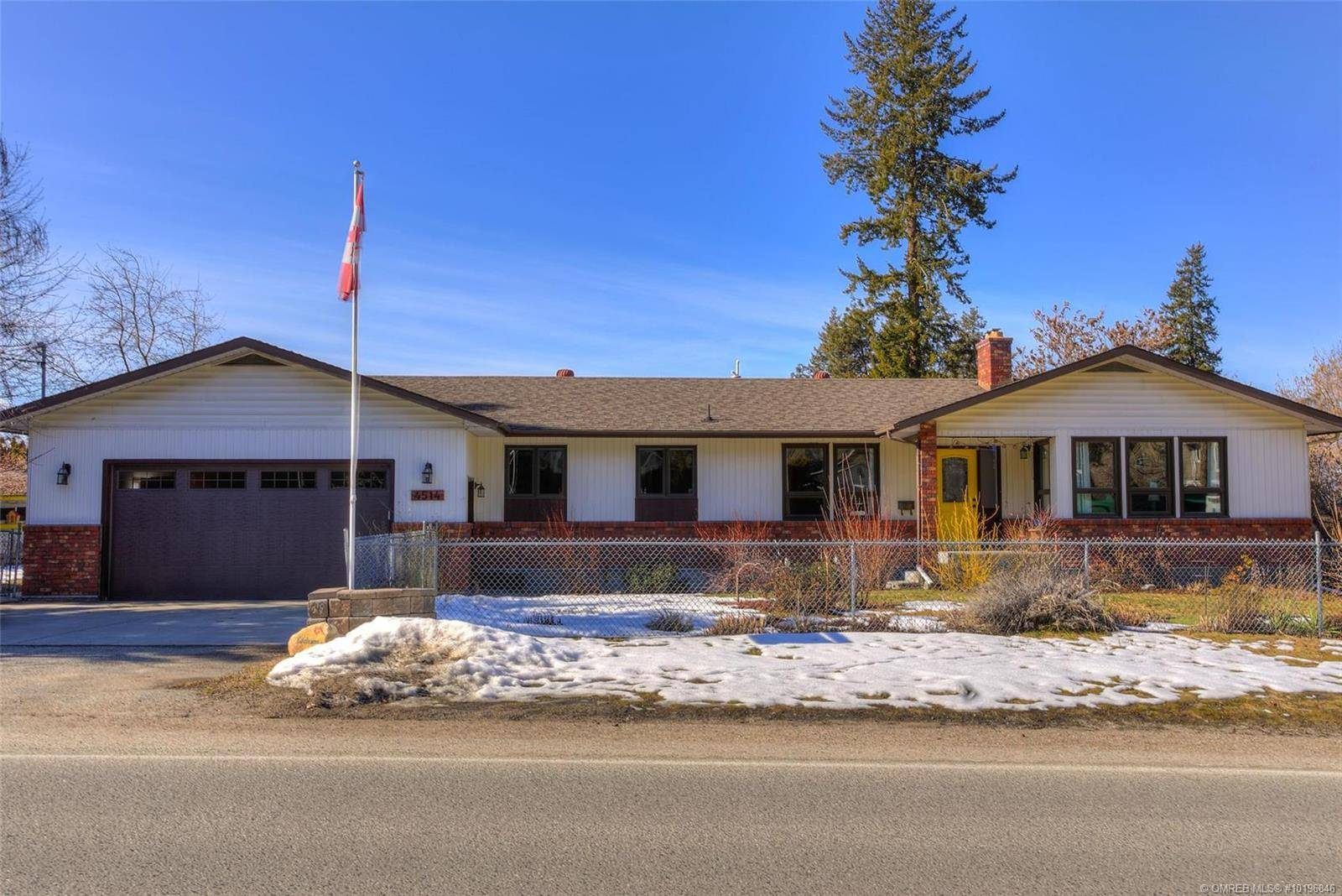 House for sale at 4514 Raymer Rd Kelowna British Columbia - MLS: 10196846