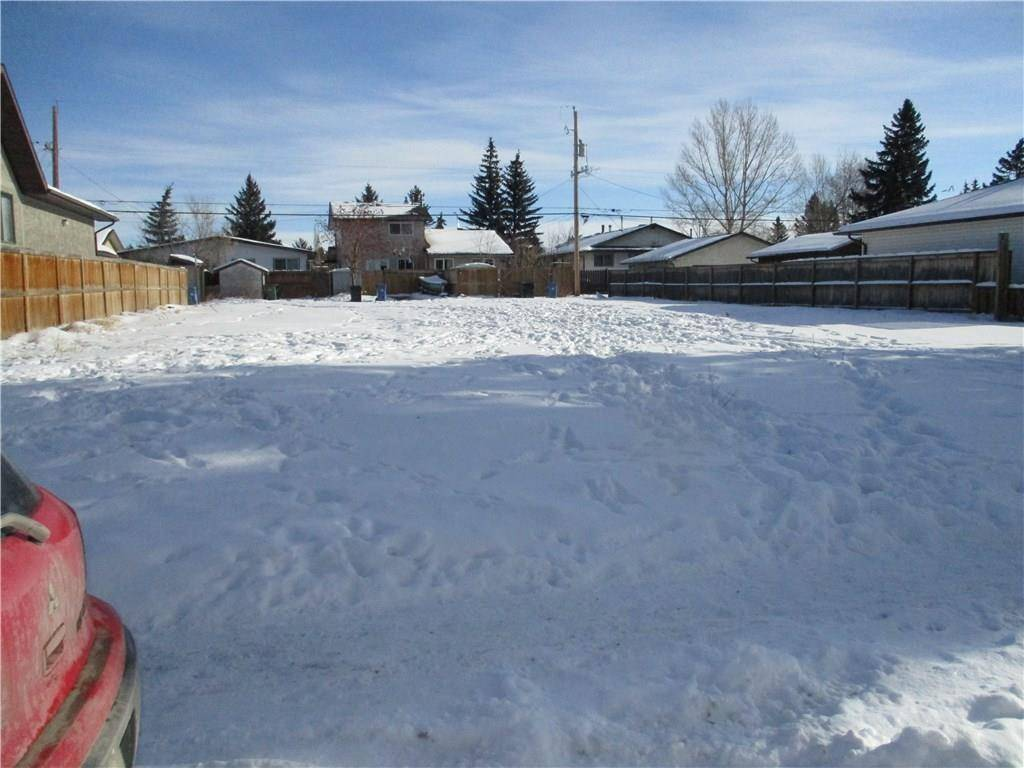 Residential property for sale at 4516 72 St Nw Bowness, Calgary Alberta - MLS: C4228684