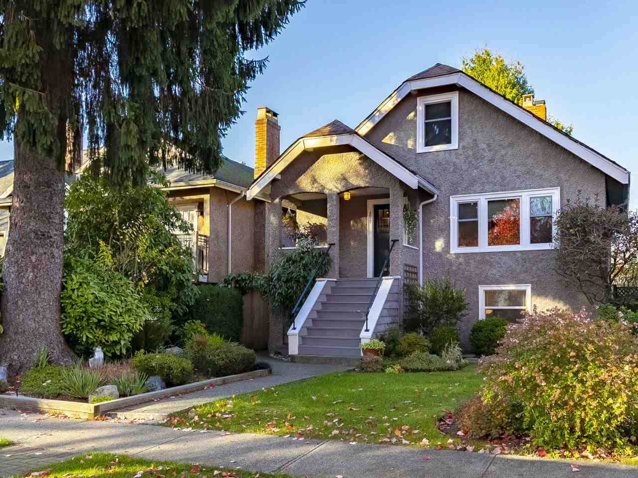 Sold: 4517 West 14th Avenue, Vancouver, BC