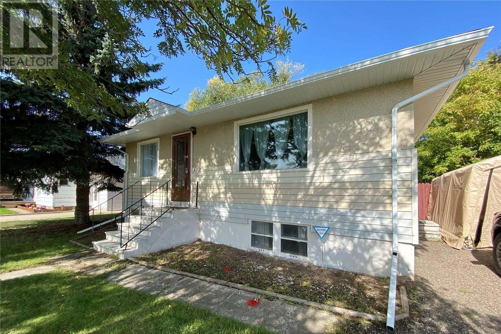 House for sale at 452 23rd St E Prince Albert Saskatchewan - MLS: SK827329