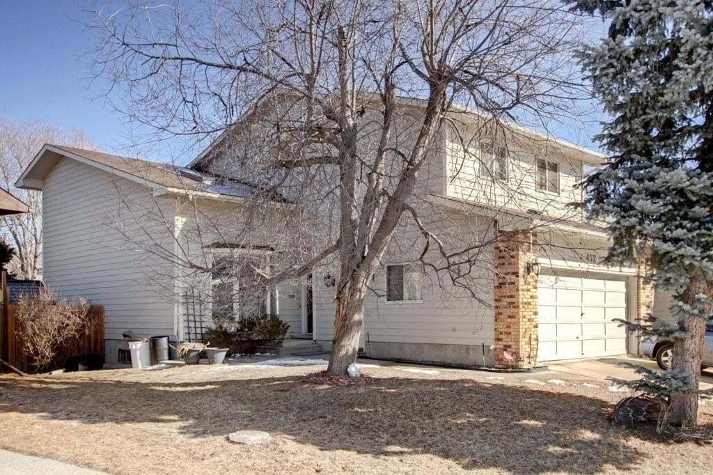 House for sale at 452 Woodglen Pl SW Woodbine, Calgary Alberta - MLS: C4291265