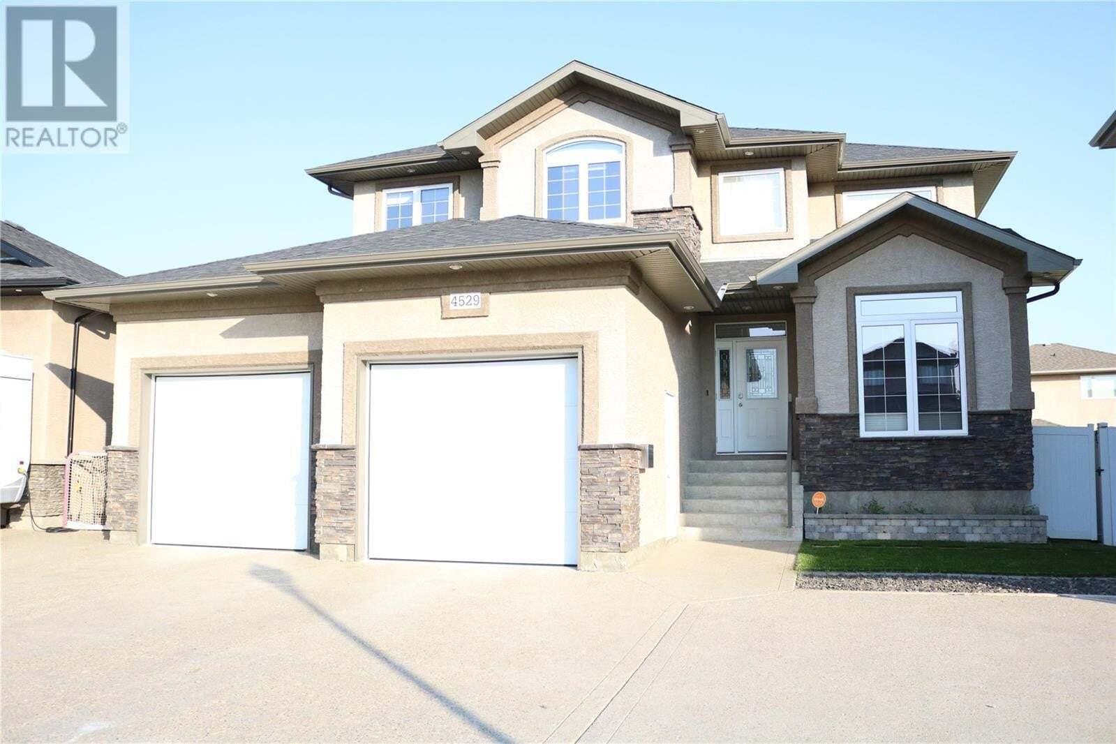 House for sale at 4529 Bergamot By E Regina Saskatchewan - MLS: SK825869