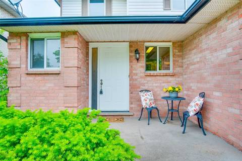 4529 St Volodymyr Crescent, Lincoln | Image 2