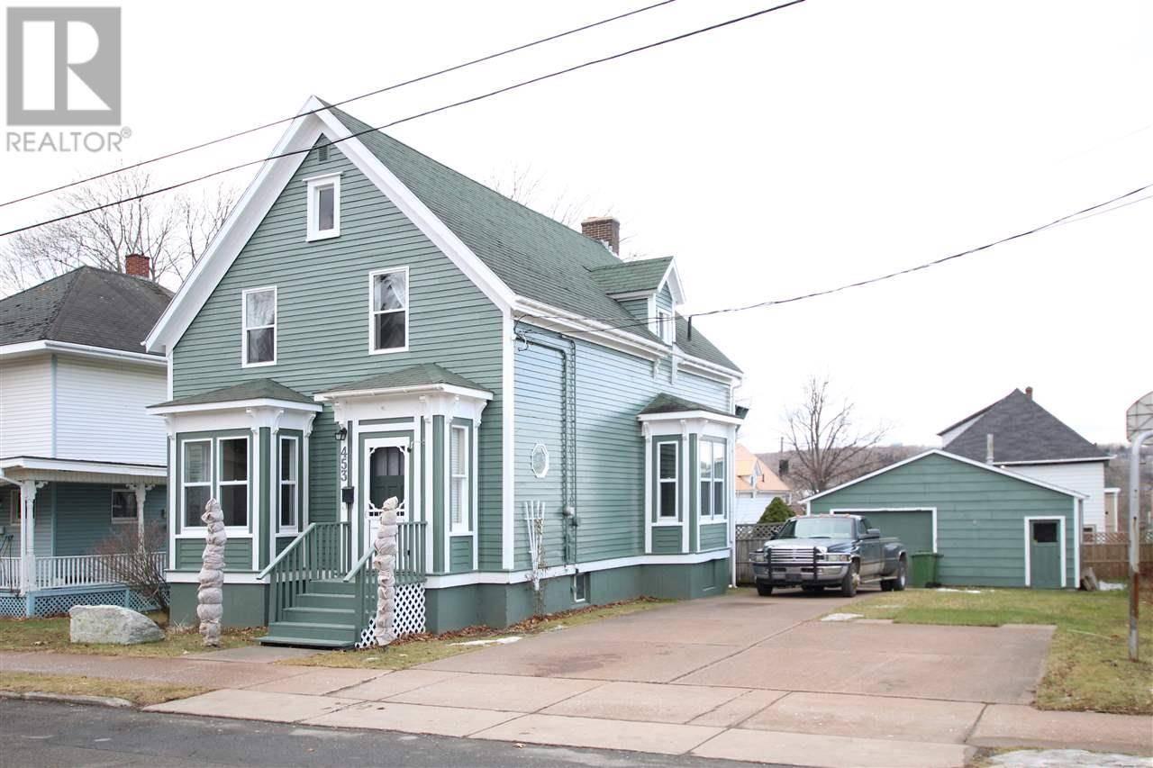 House for sale at 453 Pleasant St New Glasgow Nova Scotia - MLS: 202000341