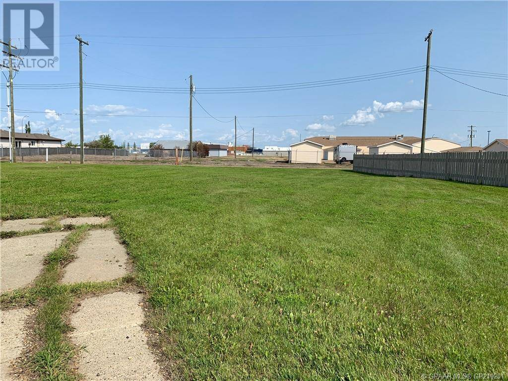 Home for sale at 4532 52 St Grimshaw Alberta - MLS: GP210201
