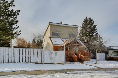 House for sale at 4535 70 St Northwest Calgary Alberta - MLS: C4287466