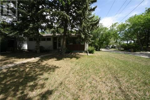 House for sale at 4535 Castle Rd Regina Saskatchewan - MLS: SK774601
