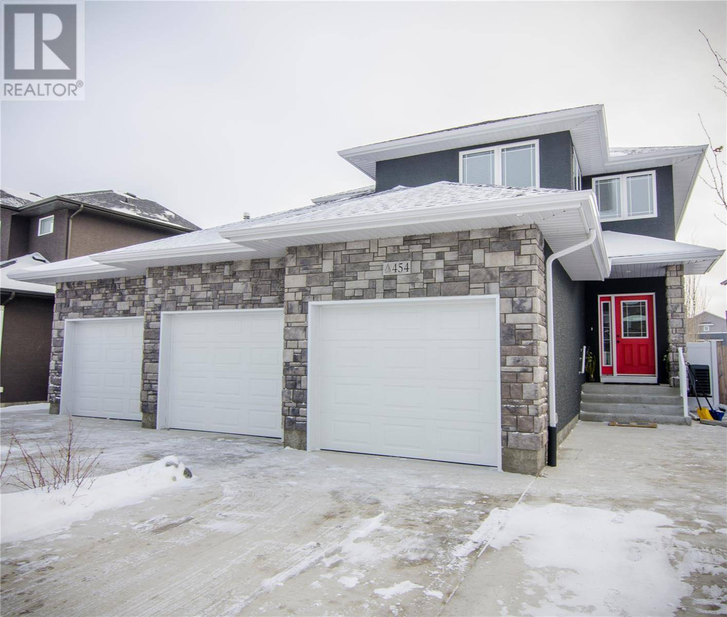 House for sale at 454 Teal Ln Saskatoon Saskatchewan - MLS: SK780074