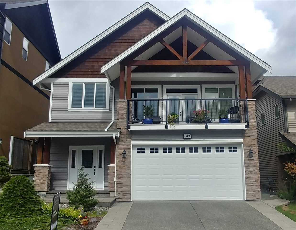 For Sale: 45431 Ariel Place, Cultus Lake, BC | 4 Bed, 3 Bath House for $719900.