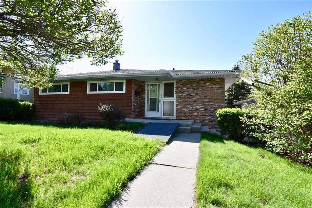 House for sale at 4544 Stanley Dr Sw Parkhill, Calgary Alberta - MLS: C4224247