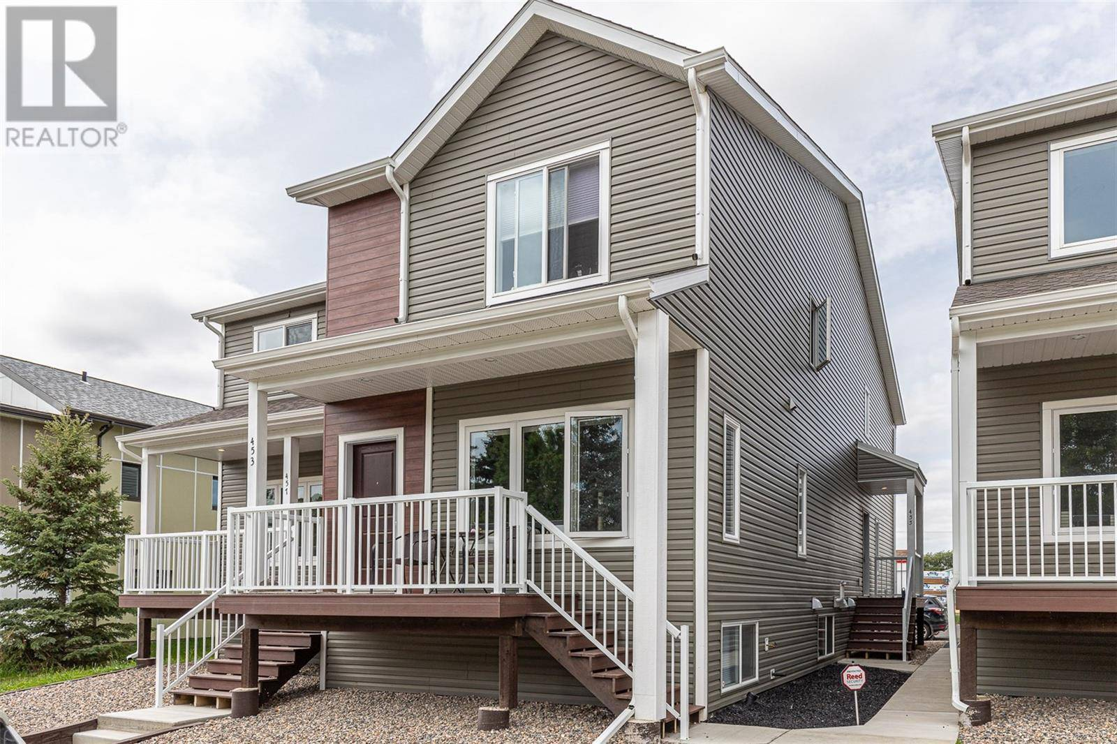Townhouse for sale at 455 L Ave S Saskatoon Saskatchewan - MLS: SK784214