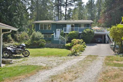 House for sale at 4552 Rondeview Rd Madeira Park British Columbia - MLS: R2349107