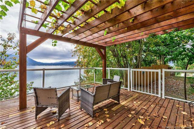 House for sale at 4559 Sunnybrae Canoe Point Rd Tappen British Columbia - MLS: 10182080