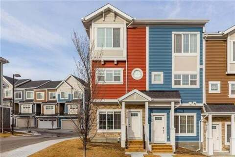 Townhouse for sale at 456 Nolan Hill Blvd Northwest Calgary Alberta - MLS: C4299775