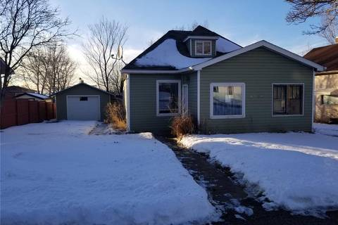 House for sale at 4566 Price Ave Gull Lake Saskatchewan - MLS: SK800172