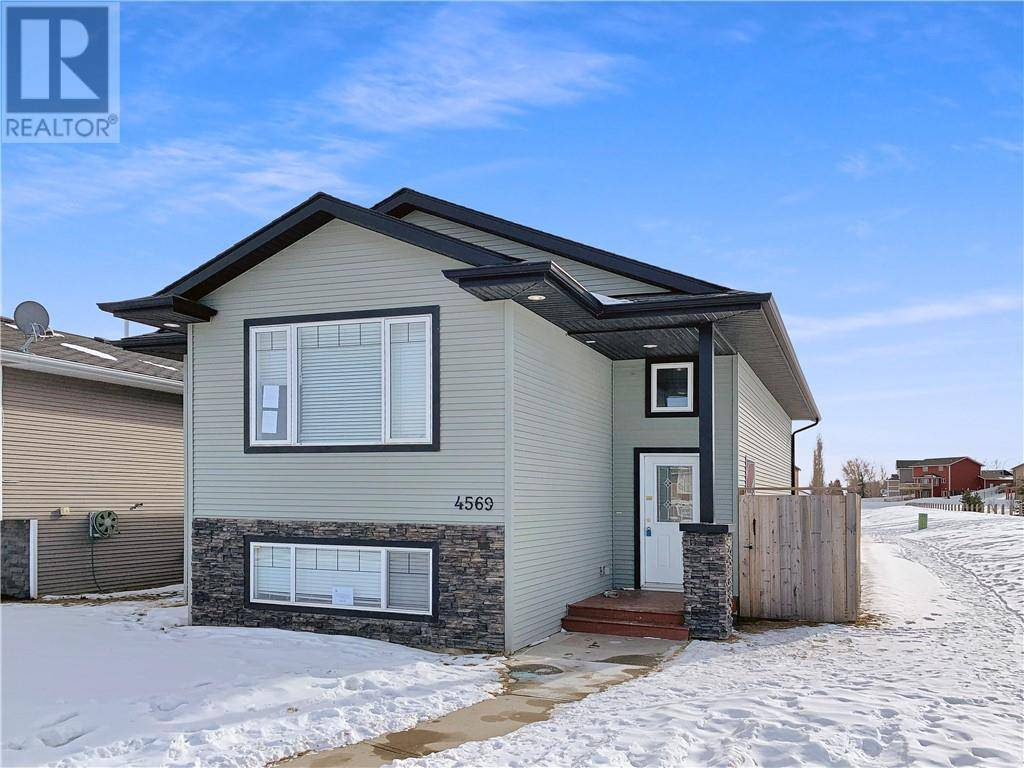 House for sale at 4569 Westbrooke Rd Blackfalds Alberta - MLS: ca0189466
