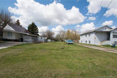 Home for sale at 457 4 St W Cardston Alberta - MLS: LD0169212