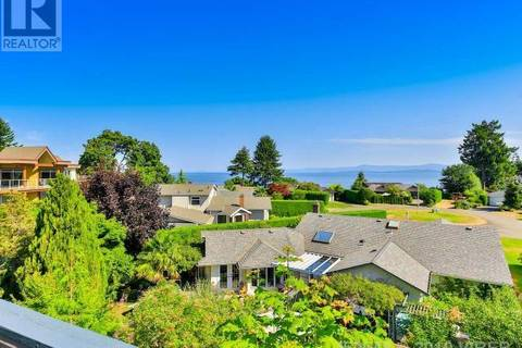 House for sale at 457 College Rd Qualicum Beach British Columbia - MLS: 450548