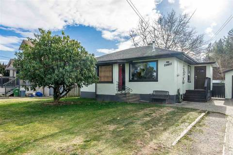 House for sale at 45774 Lewis Ave Chilliwack British Columbia - MLS: R2338381