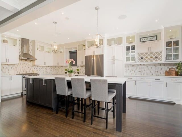For Sale: 458 Dougall Avenue, Caledon, ON | 4 Bed, 4 Bath House for $1,050,000. See 20 photos!