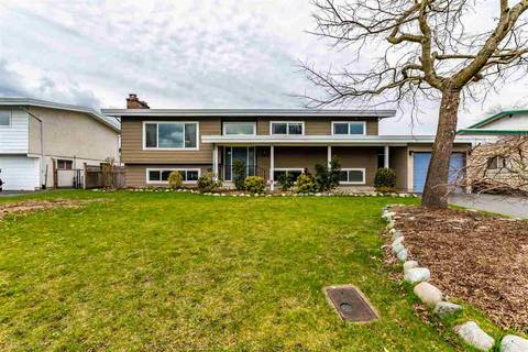 House for sale at 45841 Lake Dr Chilliwack British Columbia - MLS: R2452685
