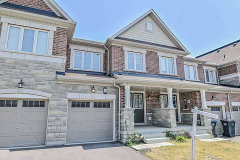 Townhouse for sale at 459 Queen Mary Dr Brampton Ontario - MLS: W4516452