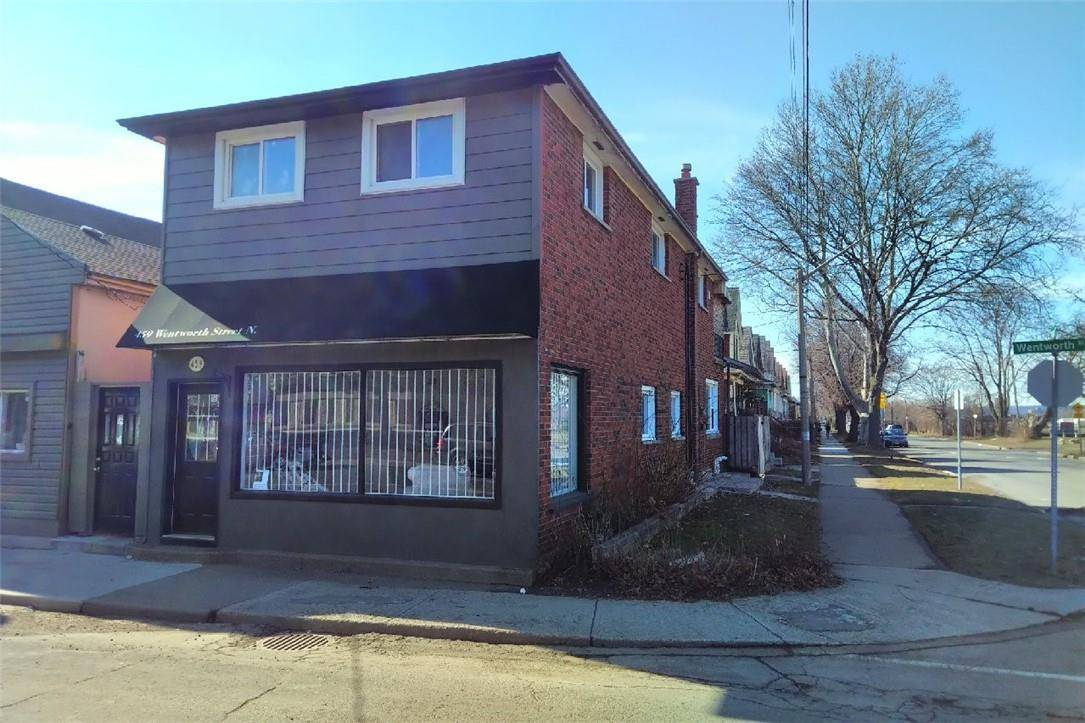 Townhouse for sale at 459 Wentworth St N Hamilton Ontario - MLS: H4072971