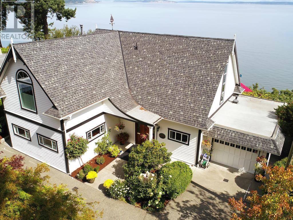 House for sale at 4591 Cordova Bay Rd Victoria British Columbia - MLS: 414928