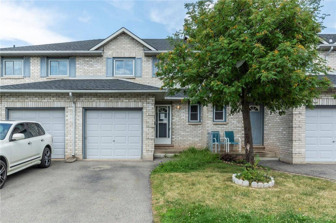 Townhouse for sale at 2 Royalwood Ct Unit 46 Stoney Creek Ontario - MLS: H4061009