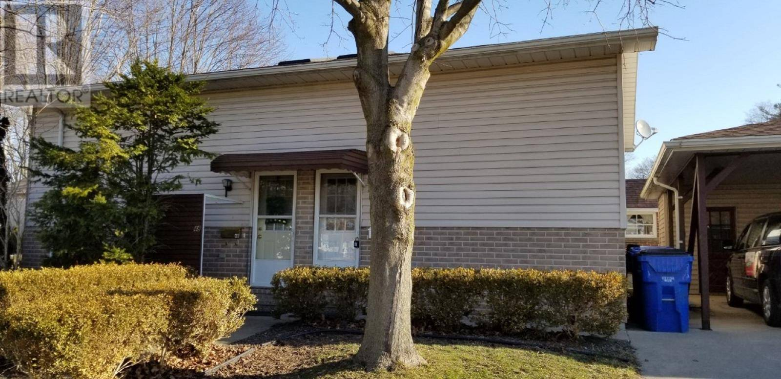 Townhouse for sale at 46 Amelia St Chatham Ontario - MLS: 20002867