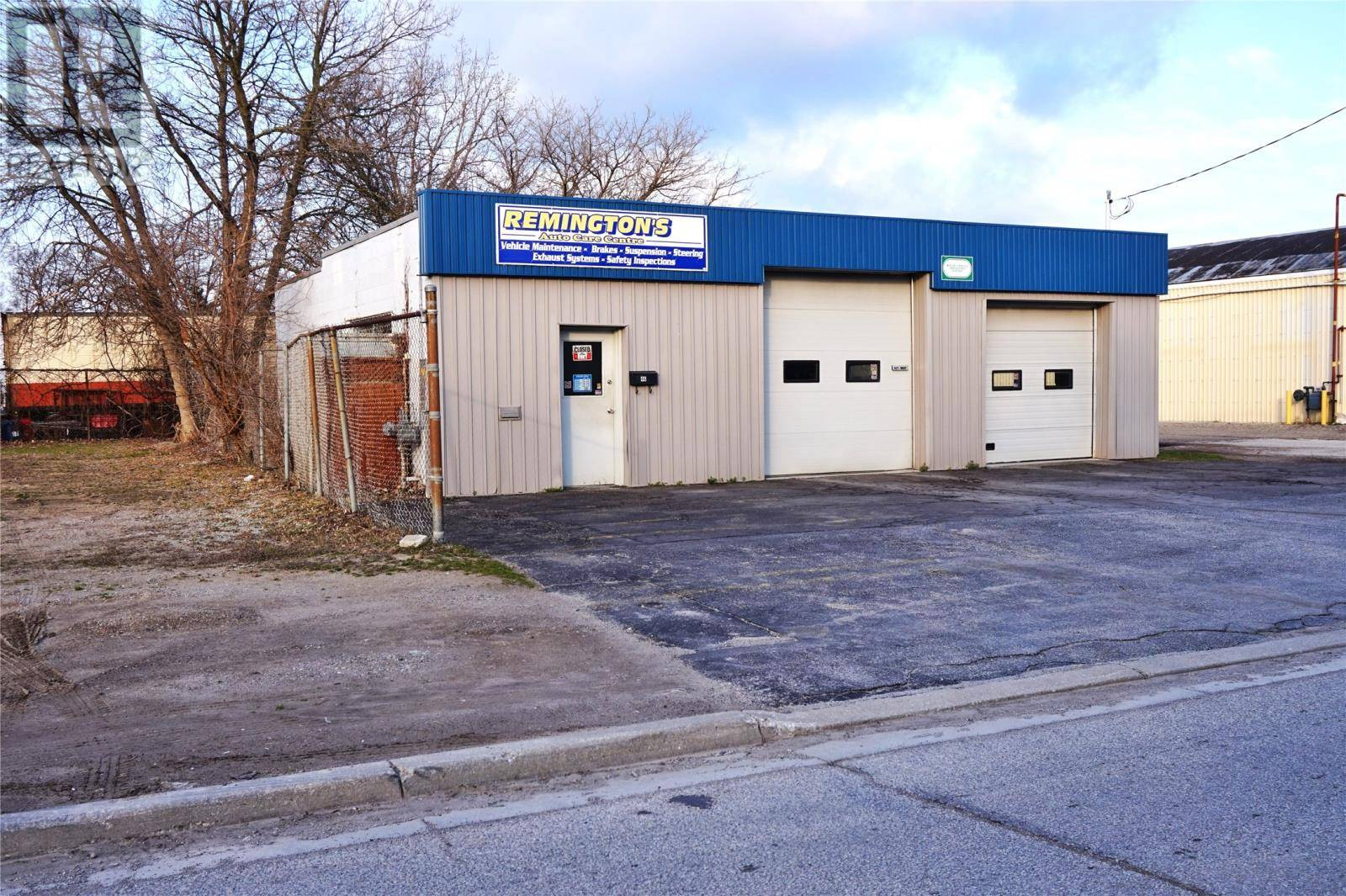 Commercial property for sale at 46 Byng Ave Chatham Ontario - MLS: 20004271