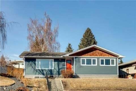 House for sale at 46 Collingwood Pl Northwest Calgary Alberta - MLS: C4293297