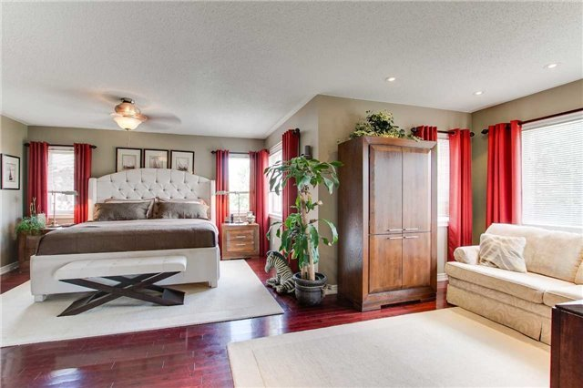 For Sale: 46 Customline Drive, Brampton, ON   4 Bed, 4 Bath House for $1,089,000. See 20 photos!