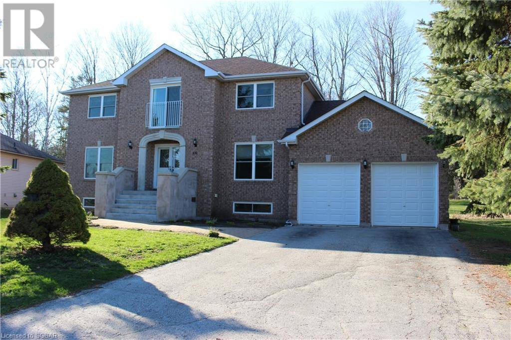 House for sale at 46 Fairway Cres Wasaga Beach Ontario - MLS: 242930