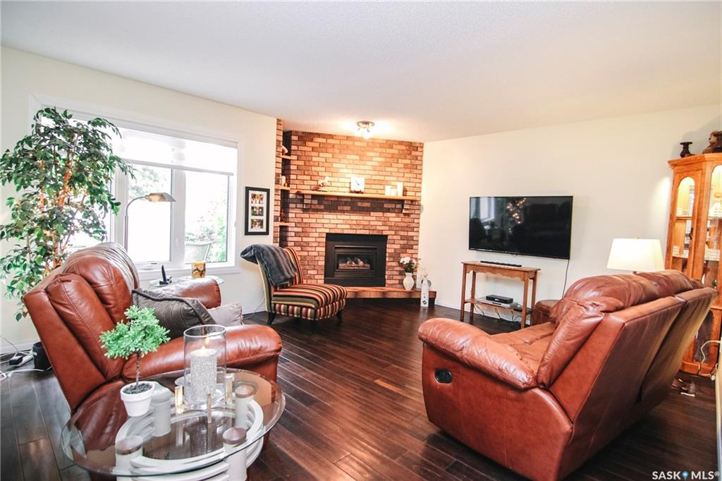For Sale: 46 Greensboro Drive, Regina, SK | 2 Bed, 2 Bath House for $339,900. See 39 photos!