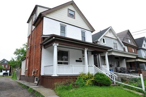 Townhouse for sale at 46 Harvey St Hamilton Ontario - MLS: X4493029